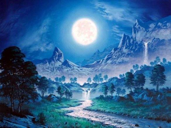 full-moon-doorway_800_599
