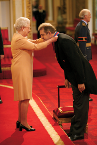 Darroch knighted by queen
